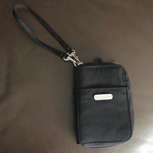 Baggallini Essential Wallet